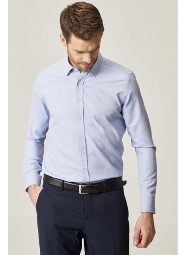 AC&Co / Altınyıldız Classics Tailored Slim Fit Dar Kesim Düğmeli Yaka Armürlü Gömlek 4A2021100152 Mavi